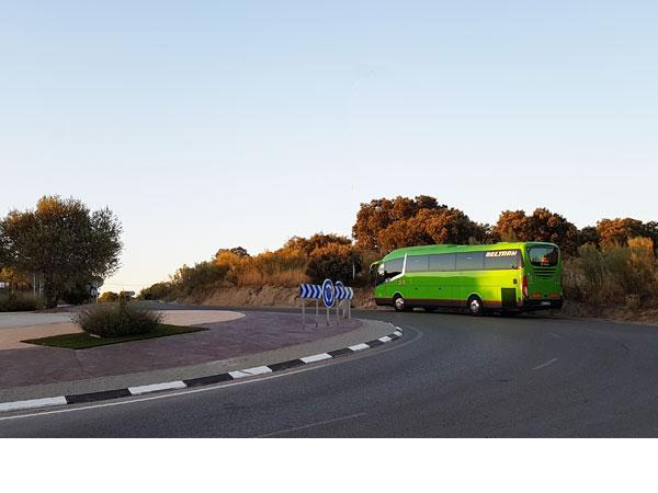 Accesos con coche o autobús a la urbanización