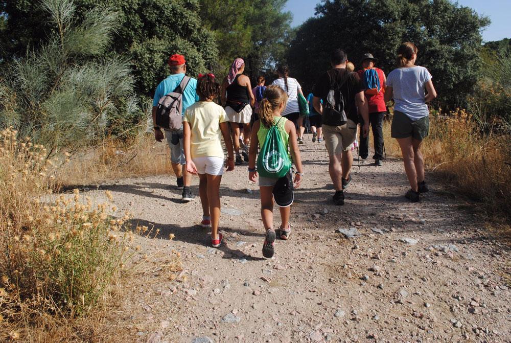 Camino por el sendero de las ánimas en Valdemorillo