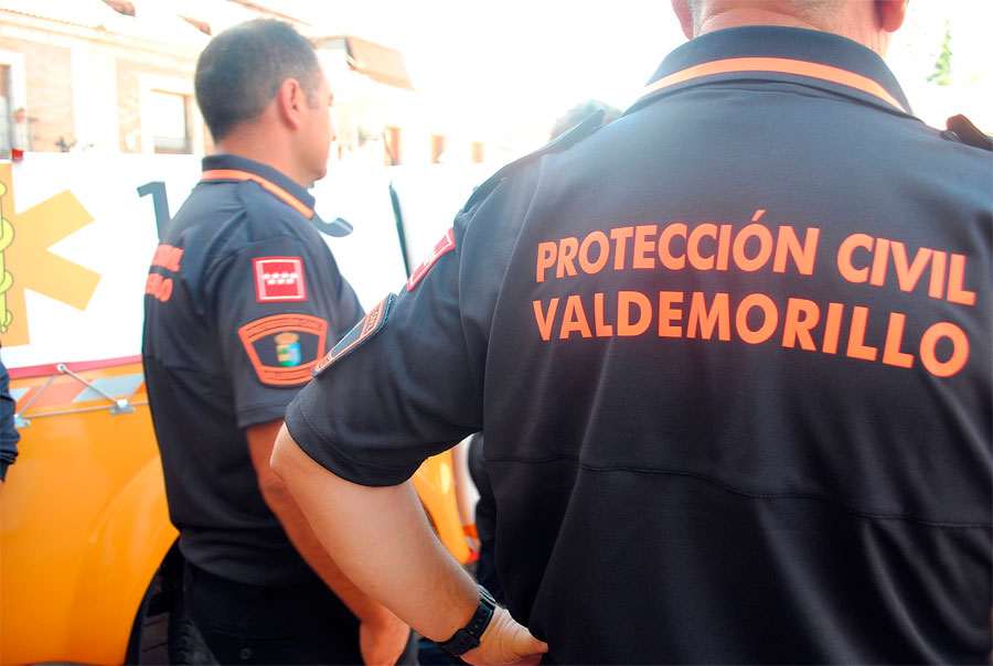 Voluntarios de Protección Civil en Valdemorillo